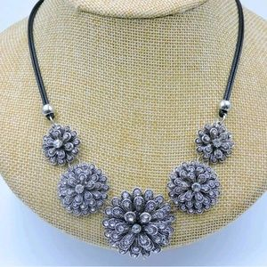 Jewelry - 🖤🖤Silver necklace 🖤🖤